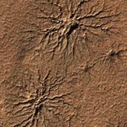 El agua formó ríos y lagos en Marte durante cortos períodos cálidos
